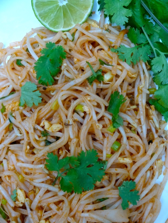 Vegetarian Pad Thai © KETMALA'S KITCHEN 2012.
