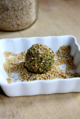 Herbs Falafel (V) © KETMALA'S KITCHEN 2014